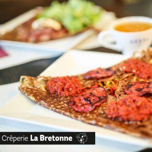 Galette avec Chorizo et tomates Crêperie La-Bretonne.com